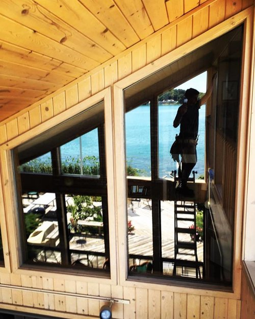 TallBoys Windows cleans windows of waterfront properties