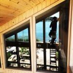 TallBoys Windows cleans windows of waterfront properties